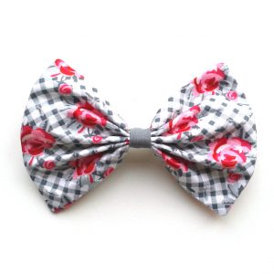 hair bow kitschy