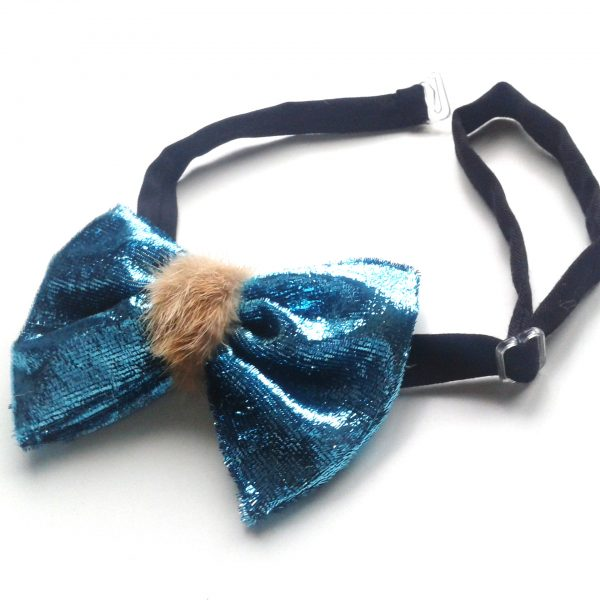 Blue Lagoon chic bow tie