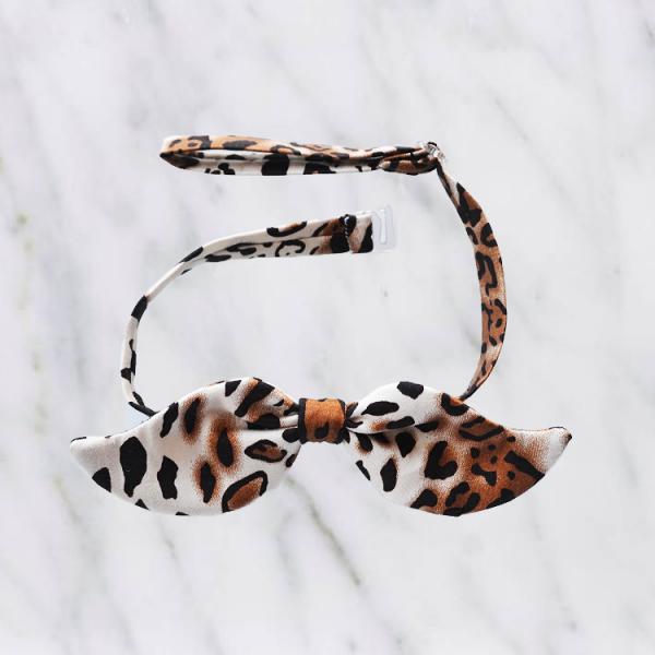 vlinderstrik snor